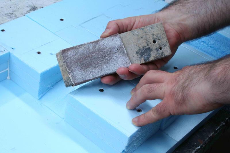 Come lavorare il polistirolo ad alta densit 1 parte for Polistirolo prezzi