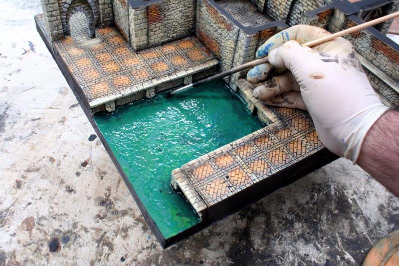 Creare l effetto acqua manorhouse workshop for Piscina fondo nero